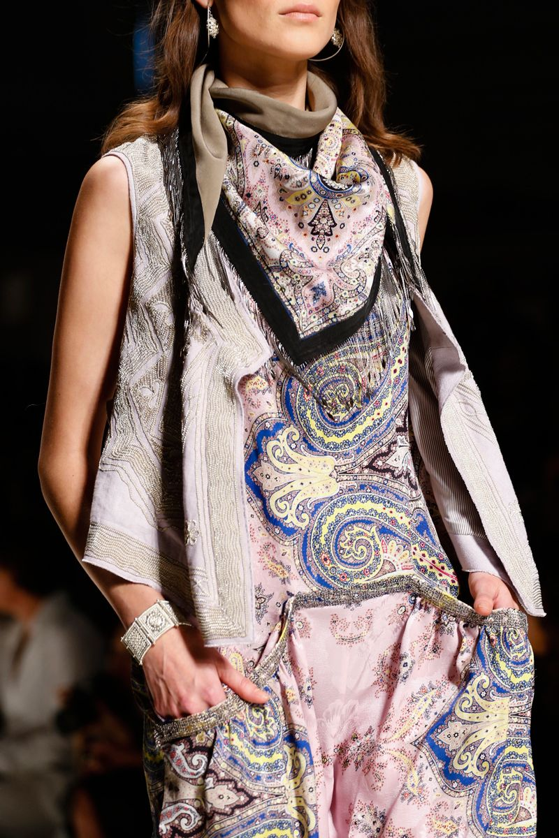 Etro Spring 2014 RTW - Details - Fashion Week - Runway, Fashion Shows and Collections - Vogue