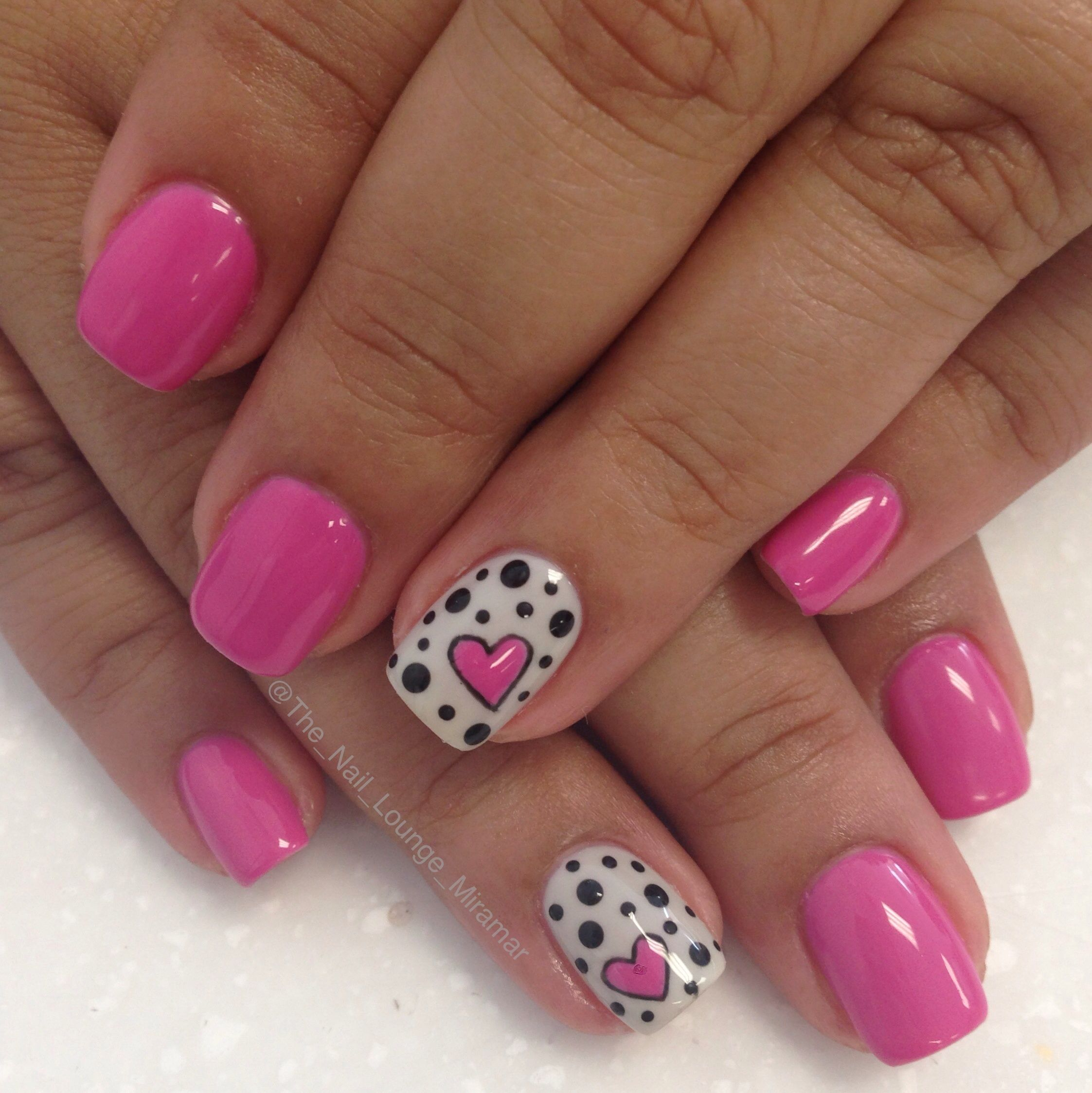 Hearts and dots gel nail art design | Nail Art | Pinterest | Gel ...