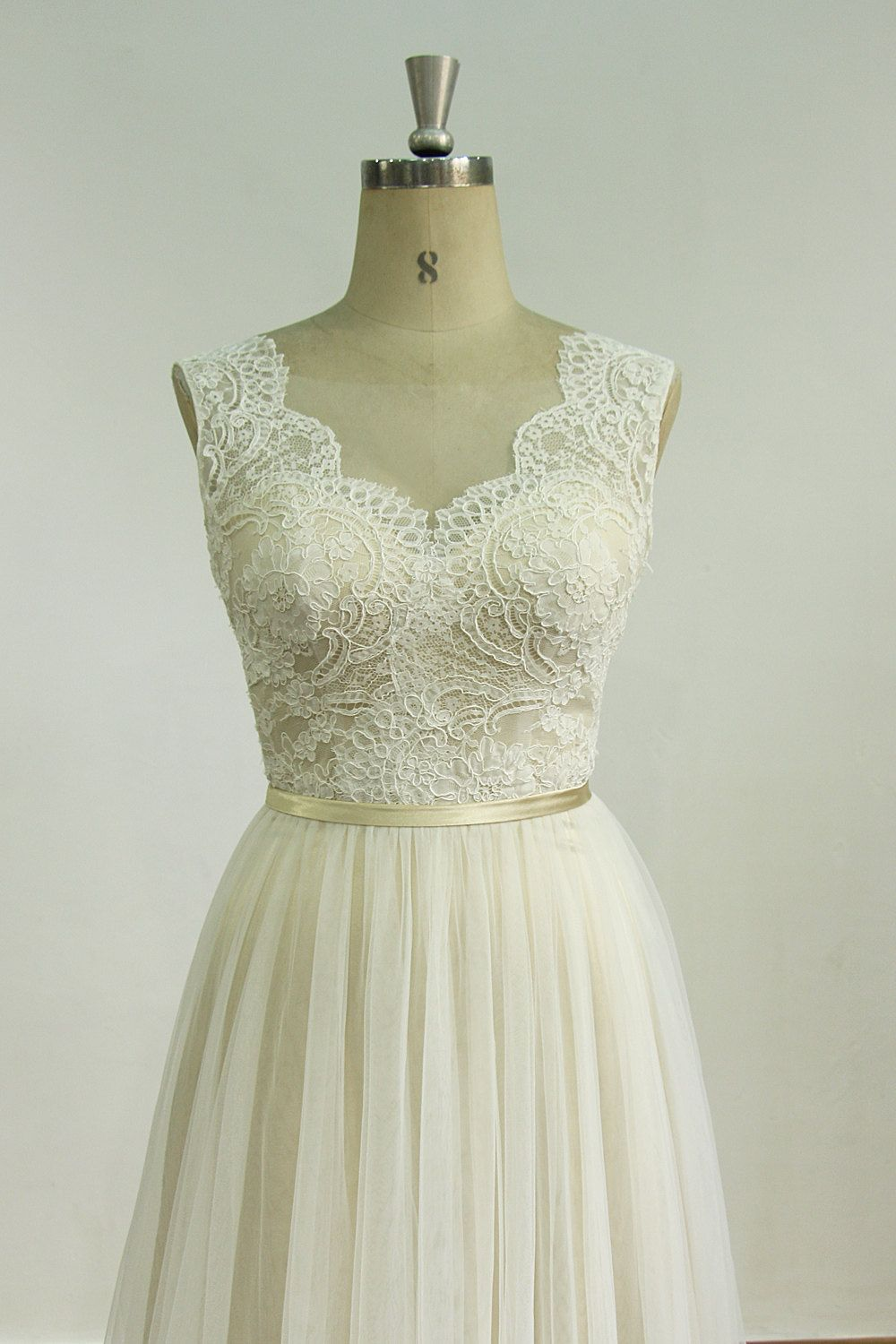 Romantic Ivory Backless tulle lace wedding dress with champange