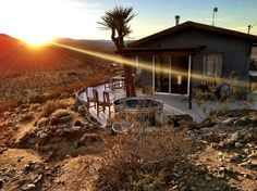 House in Joshua Tree, United States. This property is truly one of a kind. The homesteader house was built in the 50's and sits on a hill overlooking the entire area in every direction. I've been out here two years and haven't seen another place like it. Please read all the details: ...