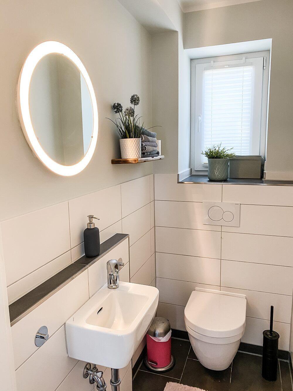 Schweberegale Waschekorbe Deko Fur Ein Wohnlicheres Badezimmer Badezimmerideen Badezimmer Und Baden