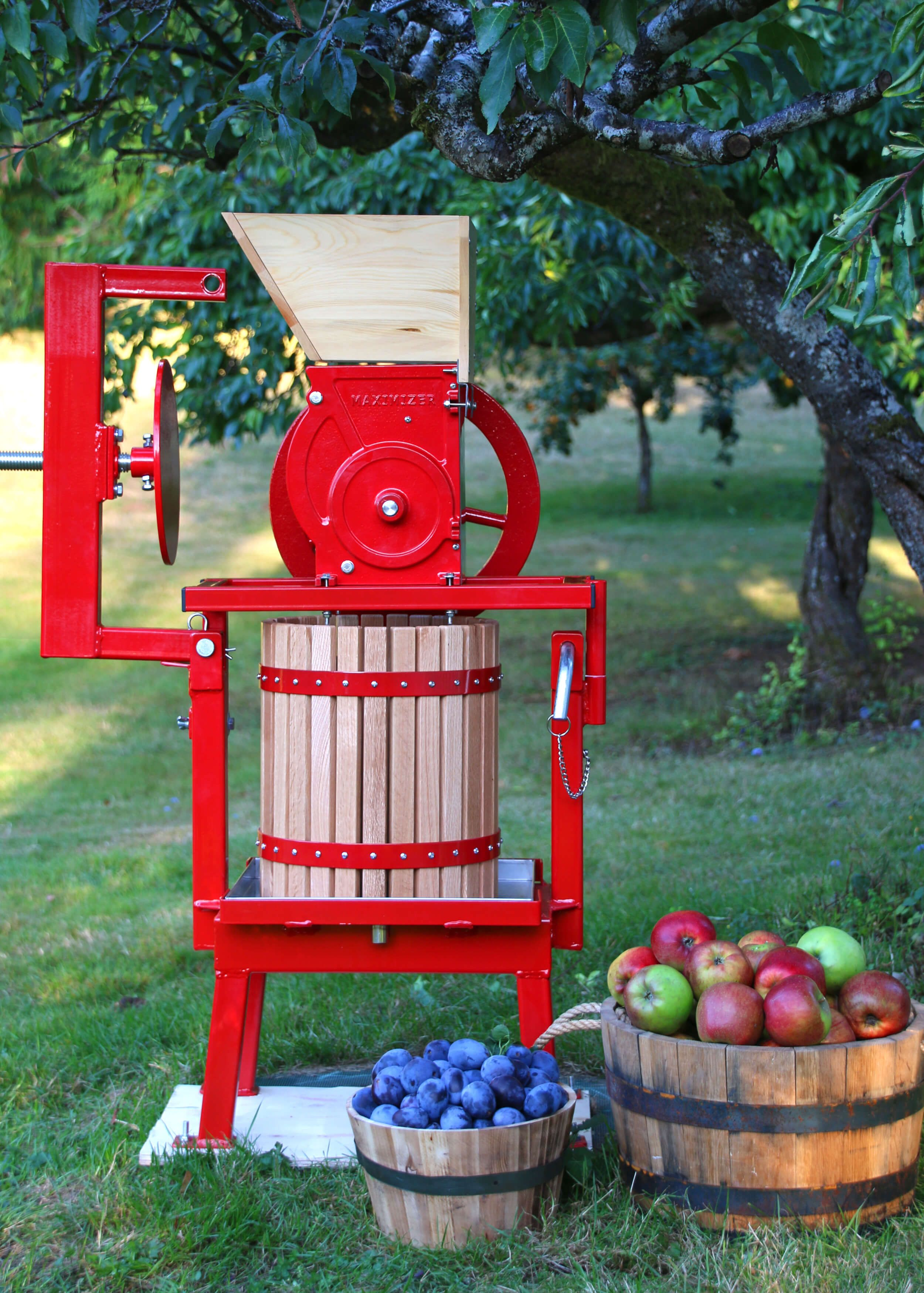 Maximizer Fruit Apple Cider Press Review How To Bottle Preserve Fresh Apple Juice Recipe In 2020 Apple Cider Press Cider Press Fresh Apples