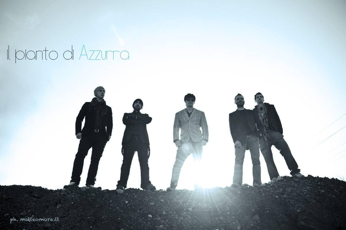 Il Pianto di Azzurra sono Matteo Papini (voce e cori) Pier Bernardi (basso) Demis Castellari (batteria) Mattia Rubizzi (tastiere-sintetizzatori) Alessandro Fontana (chitarra)