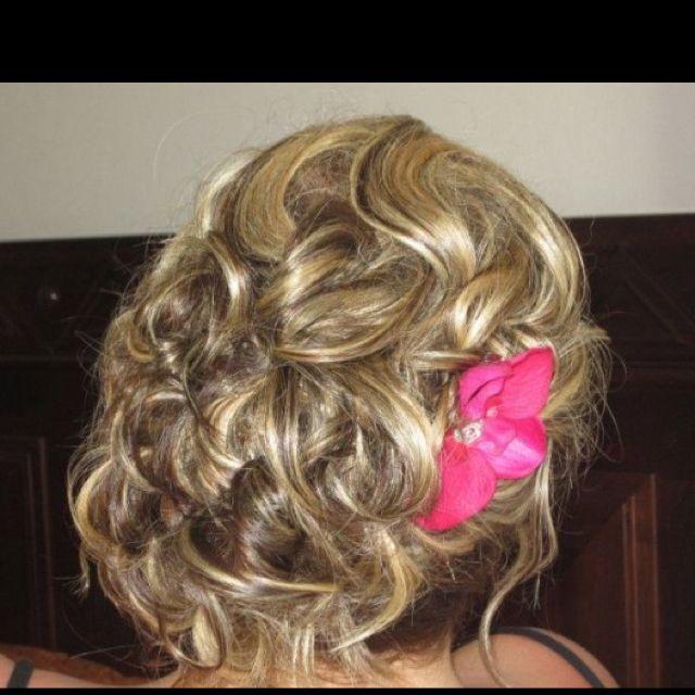 Bridesmaid hair   Bridesmaid hair, Hair styles, Cool ...