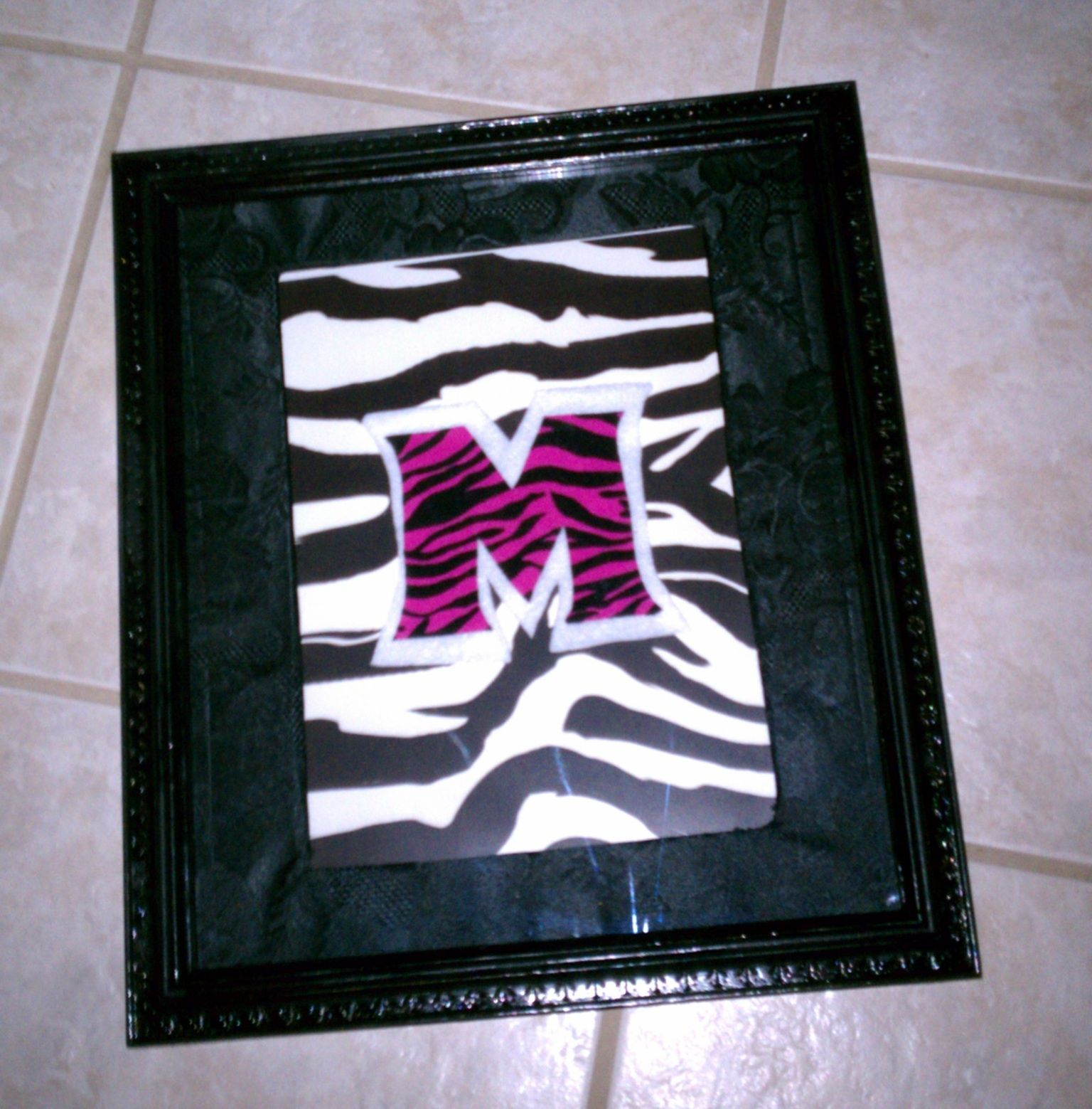 Couldnt find the write type of pictures to hang in my daughters couldnt find the write type of pictures to hang in my daughters zebra themed spiritdancerdesigns Images