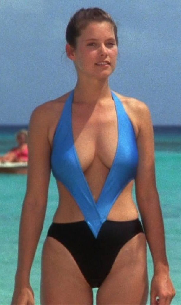 Lowell carey American Actress,