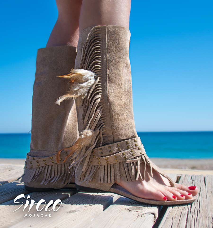 1254d28f5bb Una de nuestras #botas sandalias, un #calzado de mujer en pleno auge con
