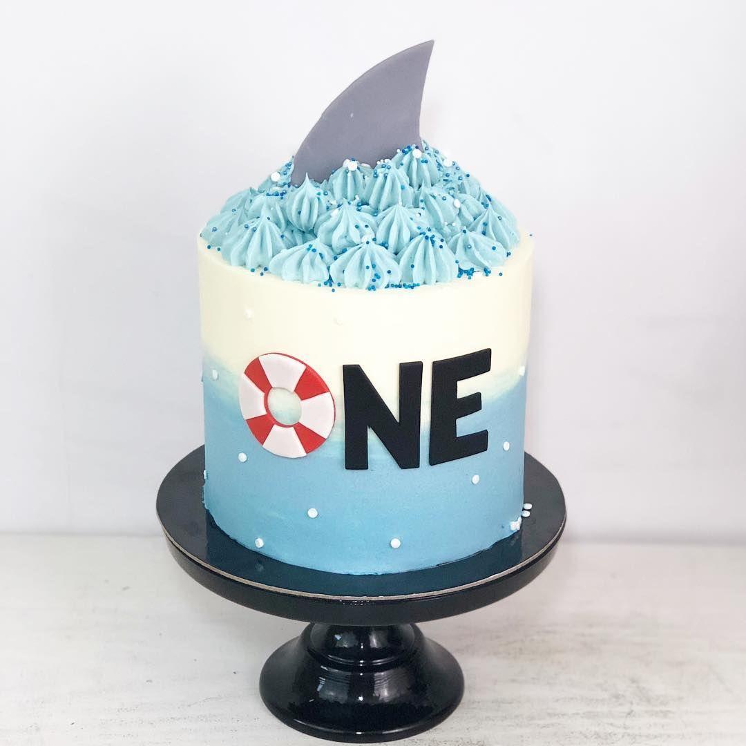 Shark Buttercream Cake With Images Shark Birthday Cakes Shark