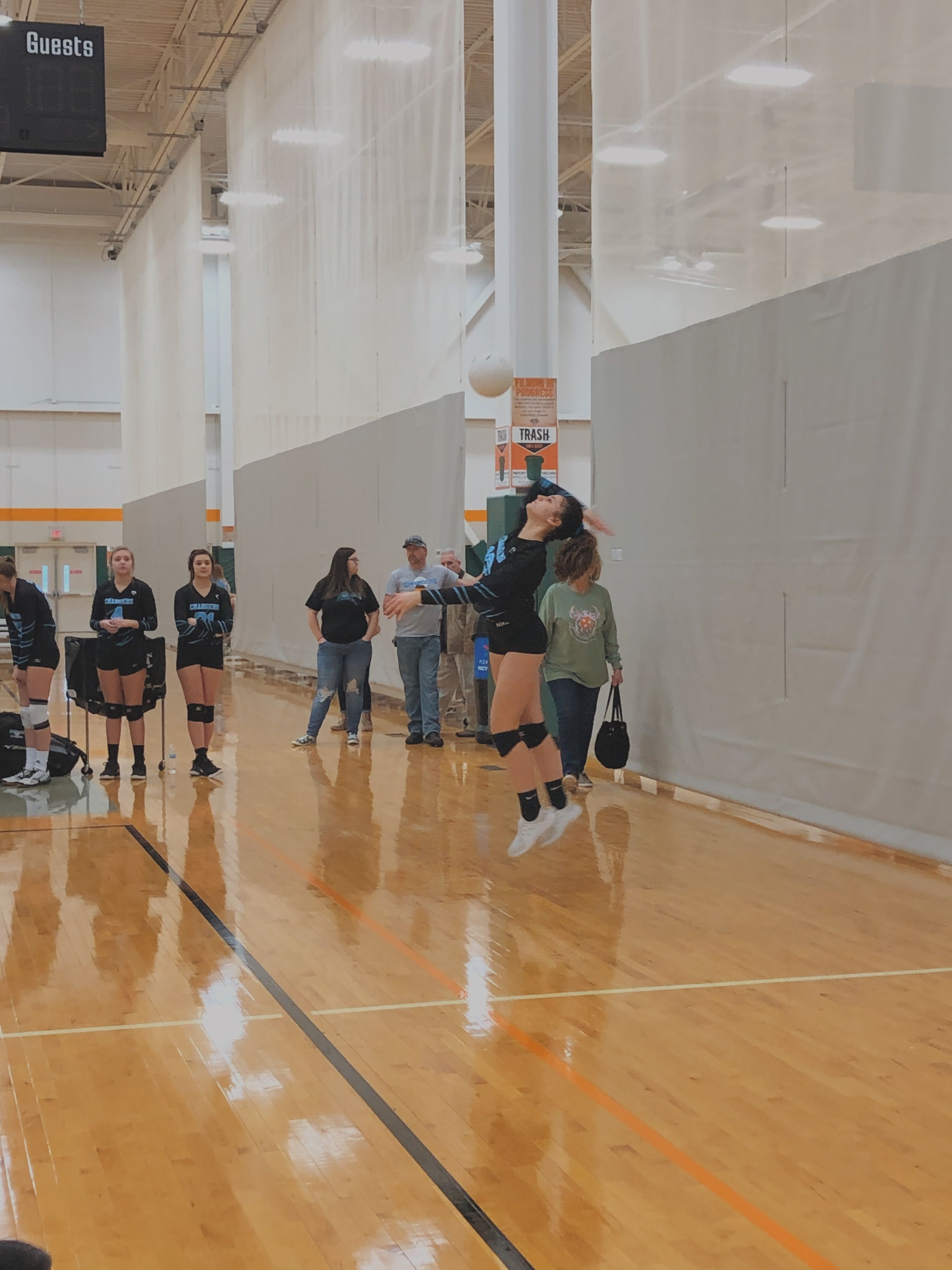Pinterest Skyler Hinkle In 2020 Volleyball Basketball Basketball Court