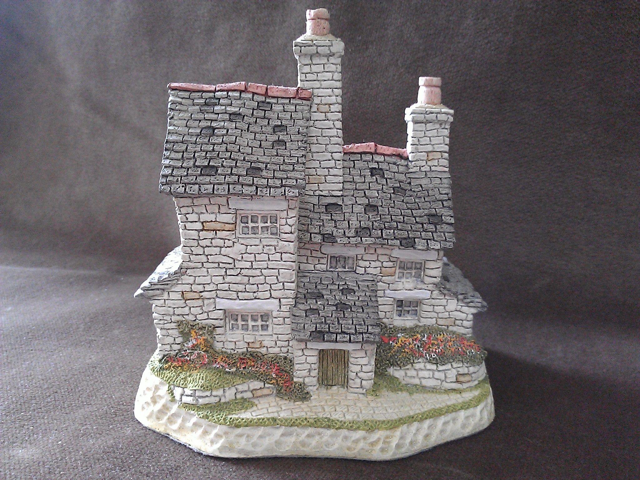 David Winter British Traditions Stonecutter S Cottage Figurine Tiny Treasures British Traditions Fairy Village