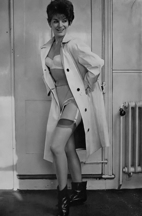 susan douglas beautiful britons no 111 february 1965 the awesome radiator pinterest. Black Bedroom Furniture Sets. Home Design Ideas