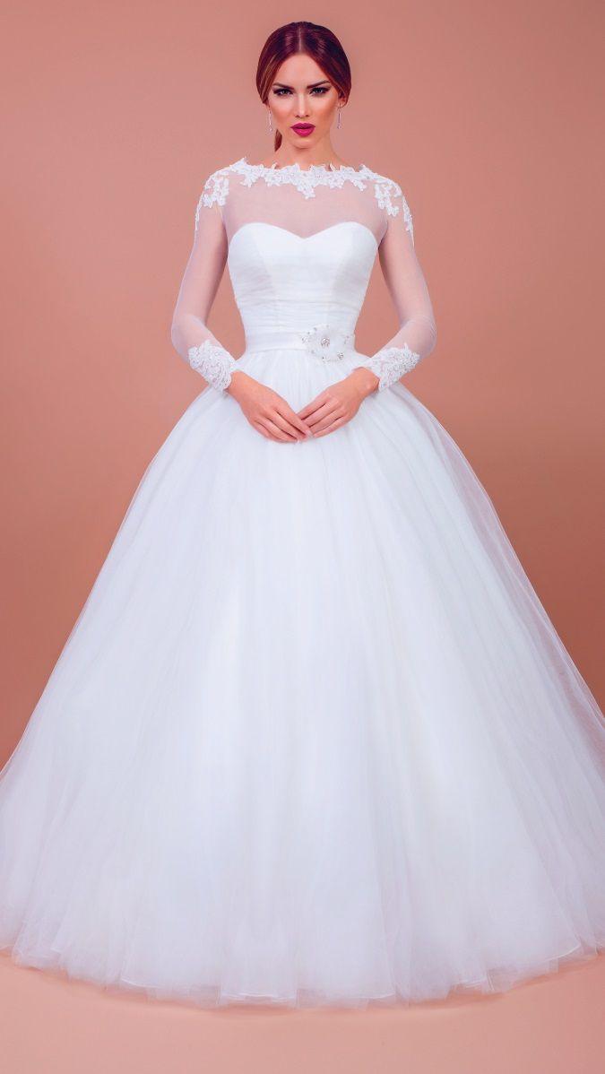 Beautiful wedding dress from bien savvy noivas pinterest