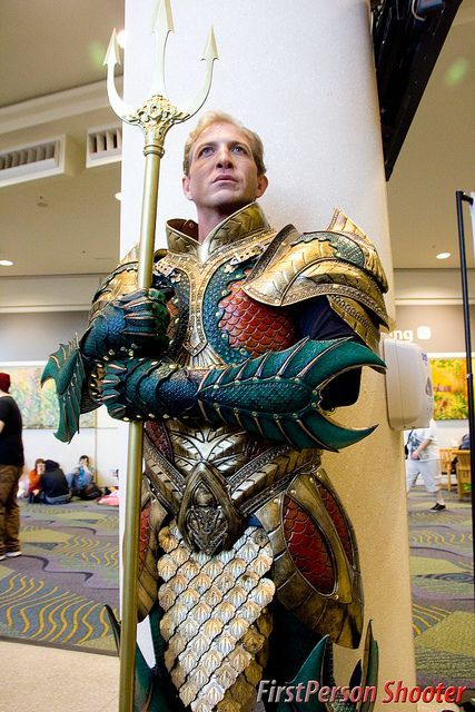 AQUAMAN. Pinning because the detail on this costume is beyond epic!: