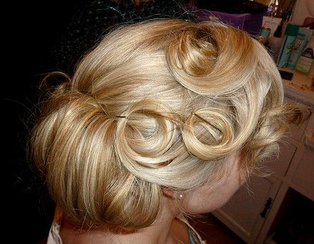 1940's pin curls with gel