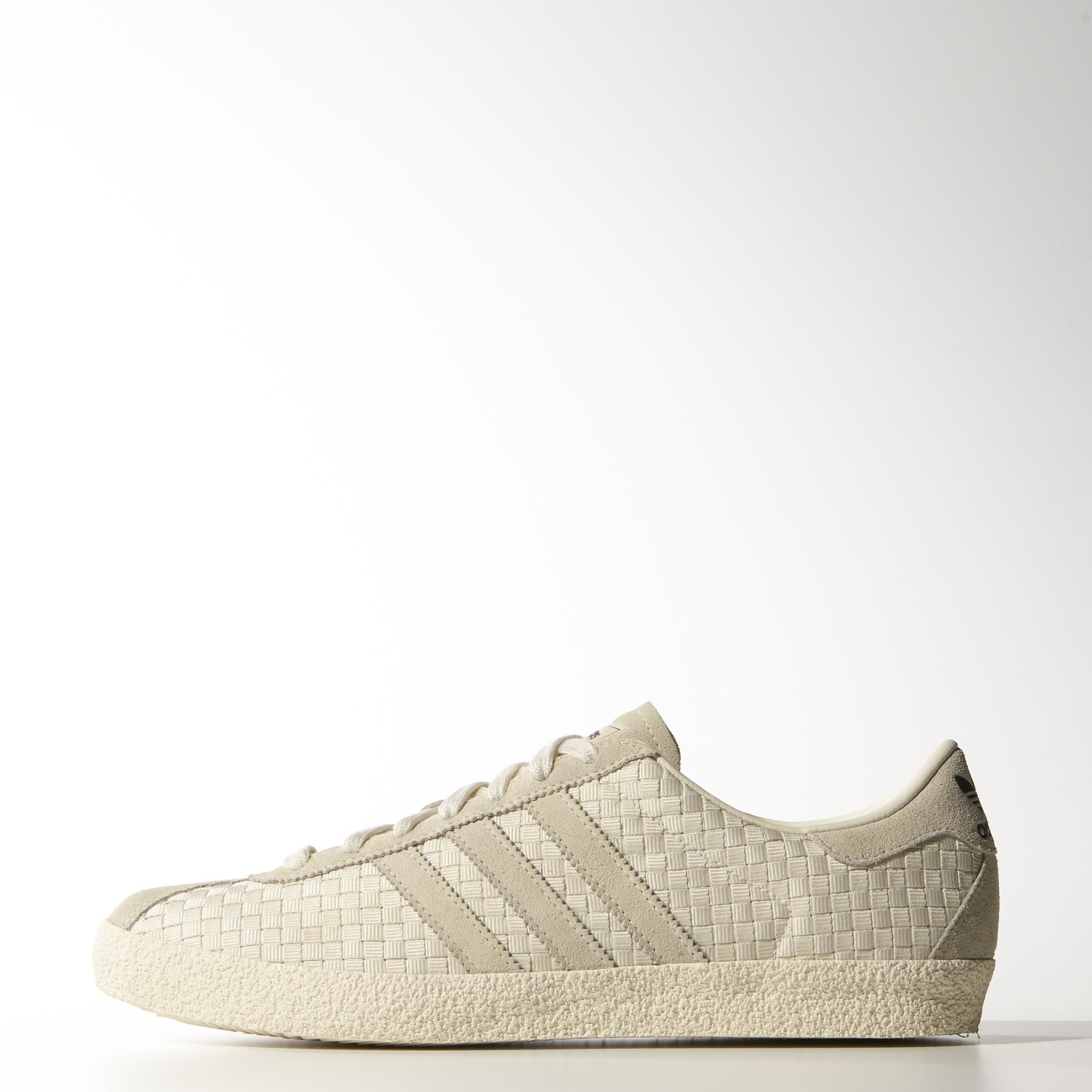 adidas - Gazelle 70s Shoes Cream White / Cream White / Core Black M19619 | Tags: low-top sneakers, suede, tan, beige, taupe, off-white