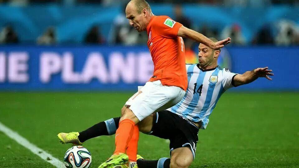 Semi Final : Netherland vs Argentina - Arjen Robben vs Javier Mascherano