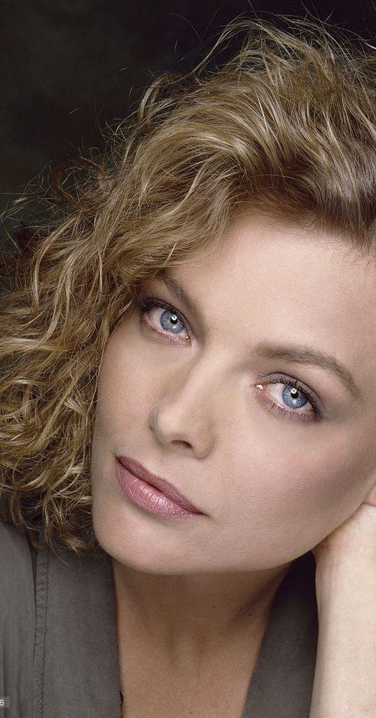 Photo of Michelle Pfeiffer