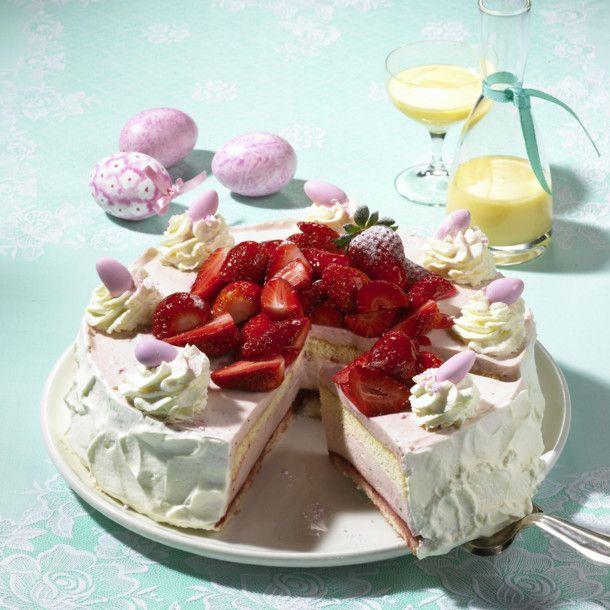 Unser beliebtes Rezept für Ostertorte mit Eierlikörcreme und Erdbeeren und mehr als 55.000 weitere kostenlose Rezepte auf LECKER.de.