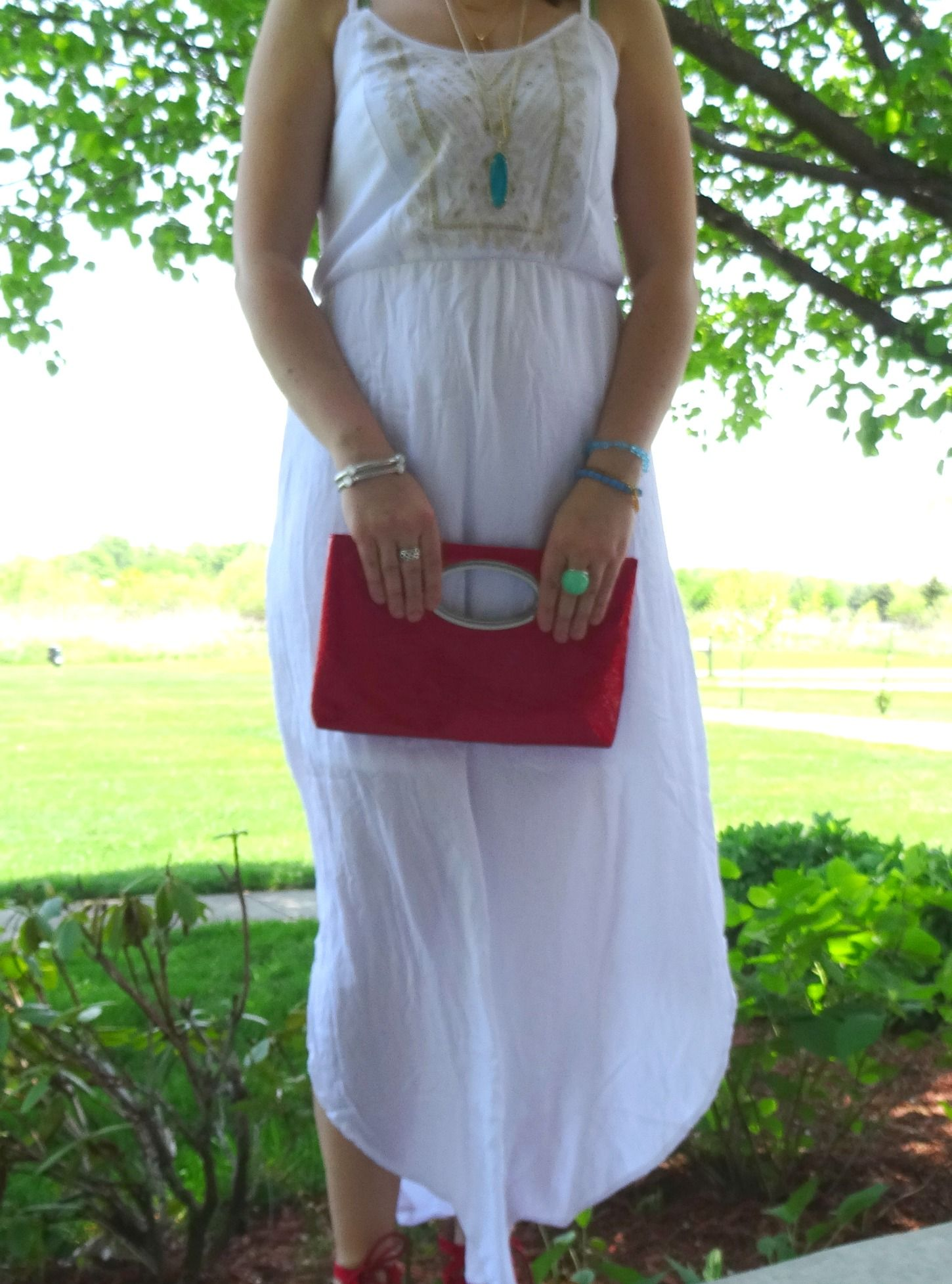 Elegance and Mommyhood.: Thursday Moda #13 and Spring Bohemian Ethereal White.
