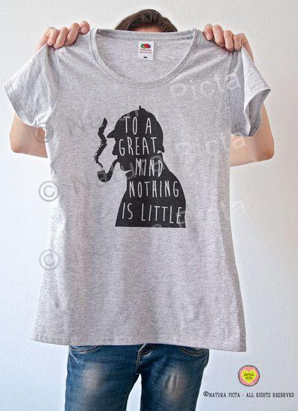 Maglietta uomo/donna con stampa Sherlock Holmes di NATURA PICTA su DaWanda.com