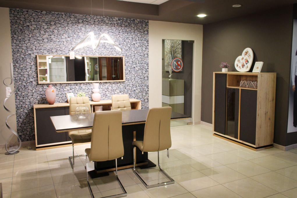 Sala da pranzo Vulcano #credenzone #vetrina #tavolo e #sedie in ...