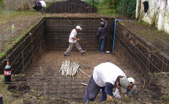 Construccion de piscinas de 590 365 for Construccion albercas naturales