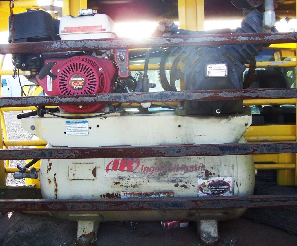 2012 DODGE MECHANIC TIRE SERVICE TRUCK Mechanic, Trucks