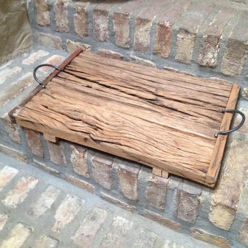 Grof houten dienblad plateau schaal plank met hengsels meubels decoratie interieur - Houten interieurdecoratie ...