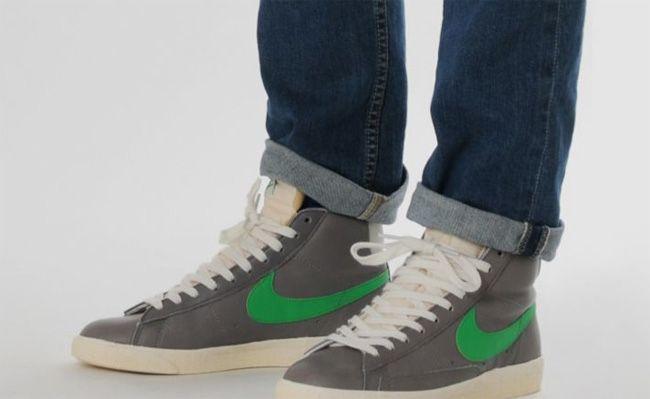 nike blazer vintage on feet