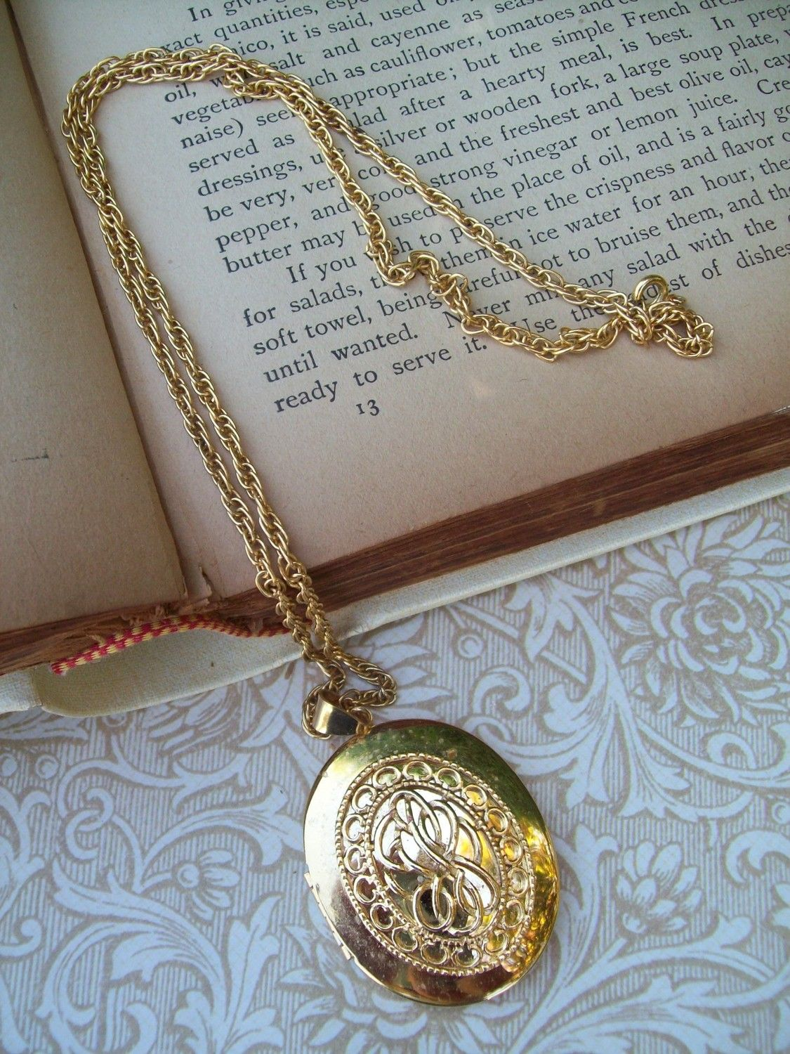 necklace com gold chains locket mynepshop chain