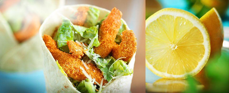 Rapeista wrapeista saat mainion aterian, jonka valmistus on helppoa ja jota voit täydentää omilla suosikkilisukkeillasi. Wrapit voi tarjoilla kuumana tai kylmänä, ja ne sopivat erinomaisesti piknikille ja osaksi buffettipöytää.