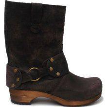 Kick ass Sanita Clog Boot | shoes | Sanita clogs, Clog boots
