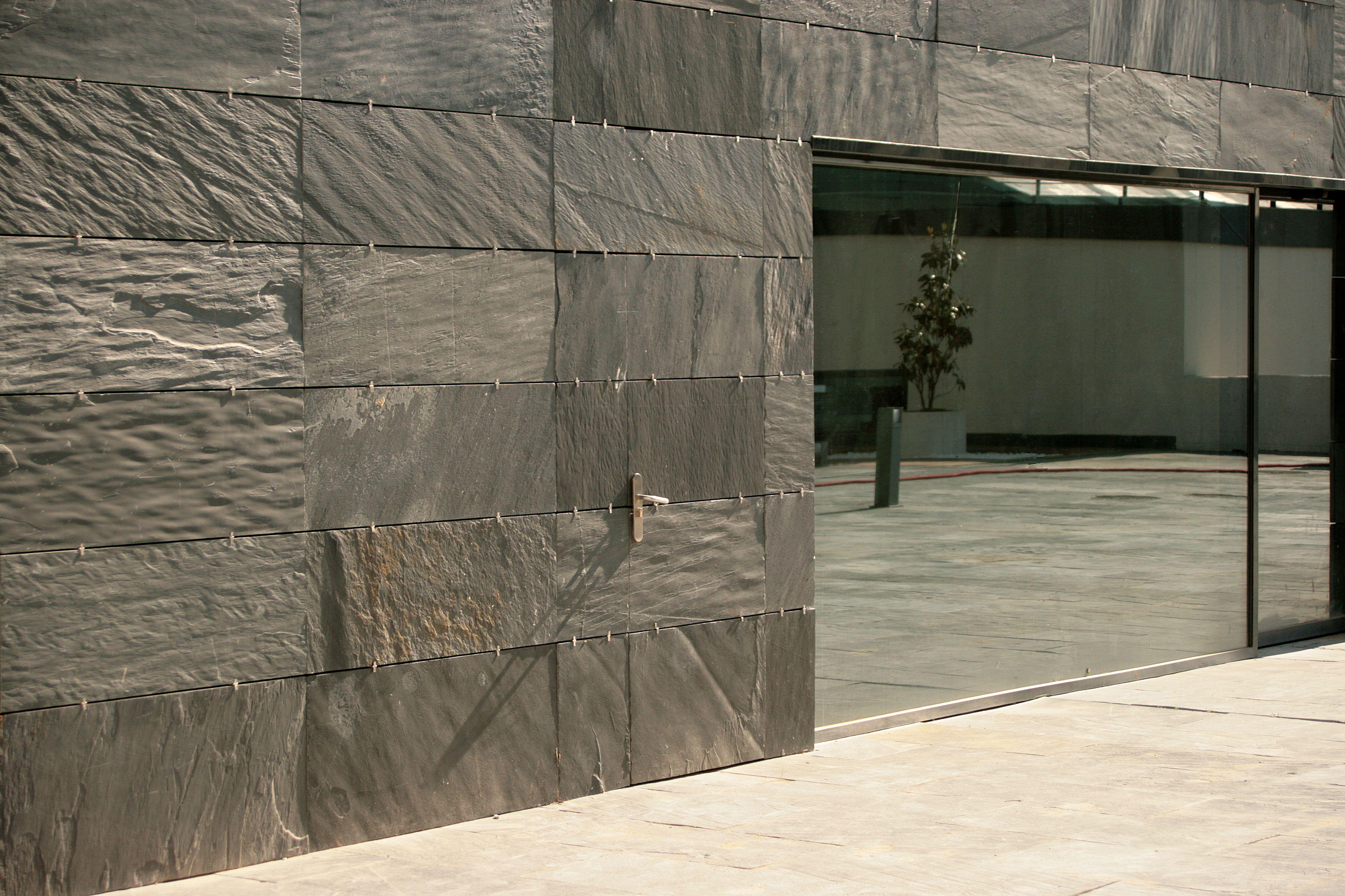 Revetement Mur Exterieur Pierre avantages du système cupa stone de façade agrafée en pierre