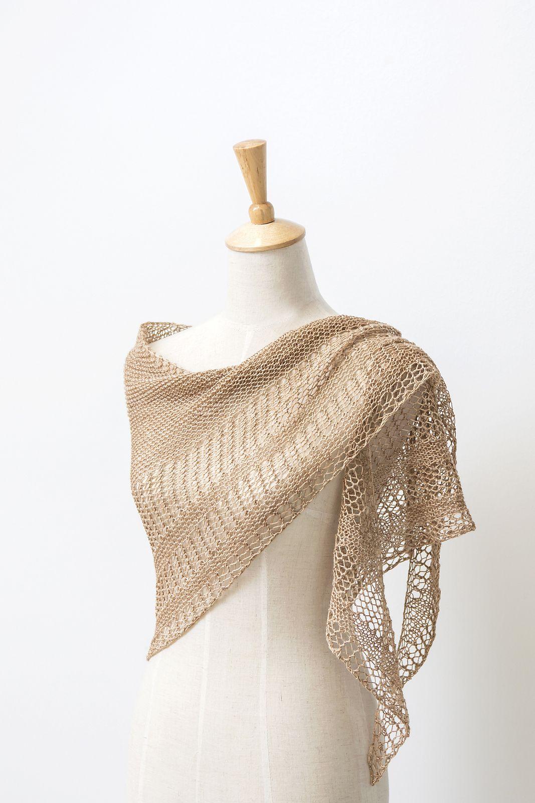 Interlude pattern by Janina Kallio | shawl | Pinterest