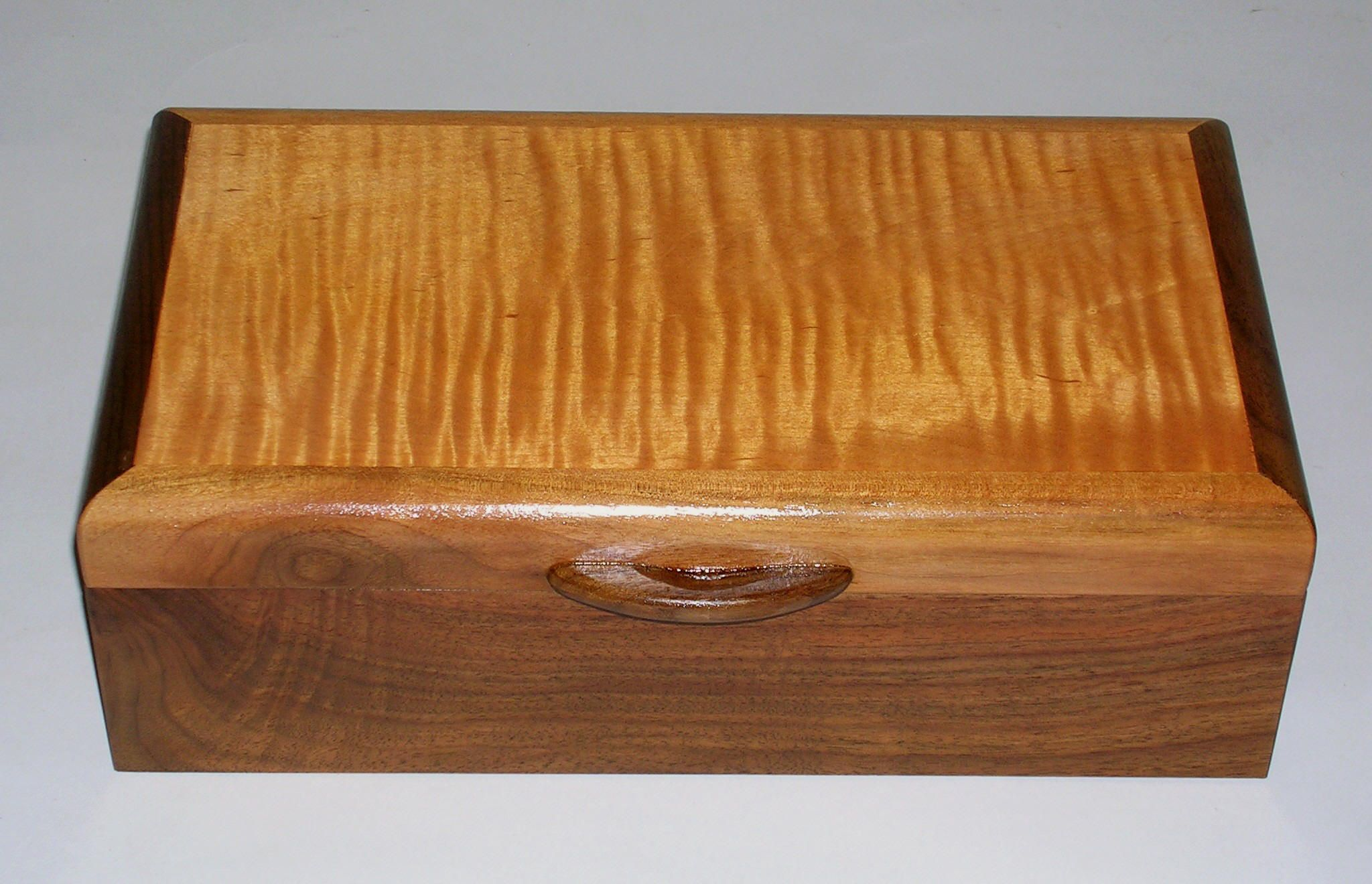 Fine Handcrafted Wooden Jewelry Boxes for Men 7 14 4 200 Boxes