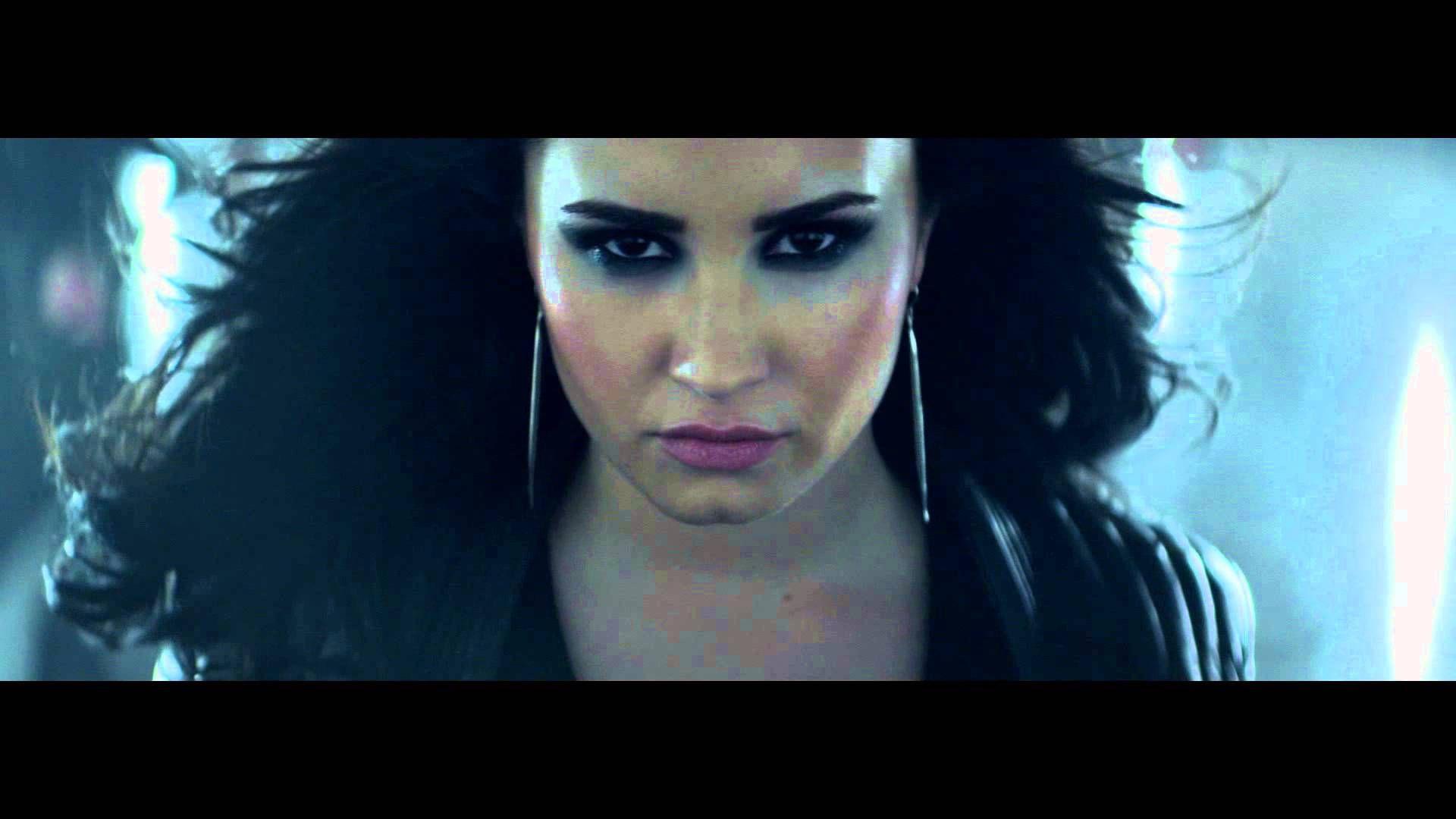 Demi Lovato Heart Attack Official Video Teaser 4 Via Youtube Demi Lovato Heart Attack Demi Lovato Gif Demi Lovato