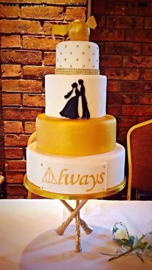 Amazing Harry Potter Themed Wedding Cake