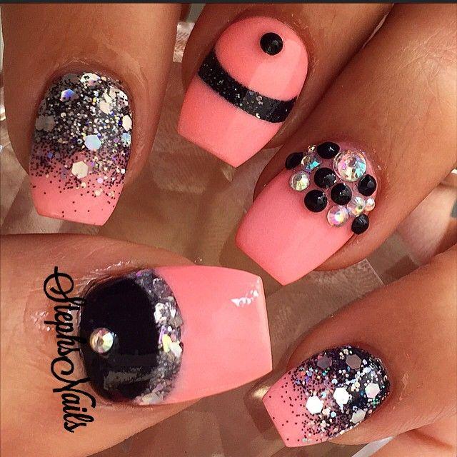 #coral#black#sparkles#silverglitter#iridescentglitter#diamonds#studs#love#vegasnails#cutenails#corallove#favcolors#cuteasfuck#st -