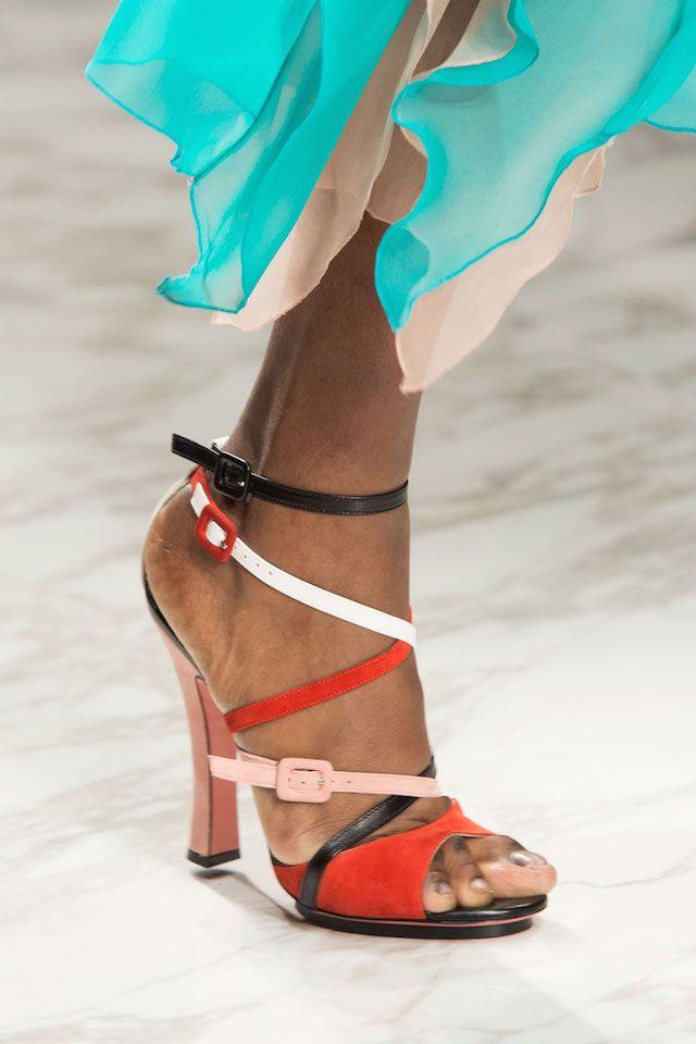 Primavera Estate 2016: le scarpe più strane dalla Fashion Week