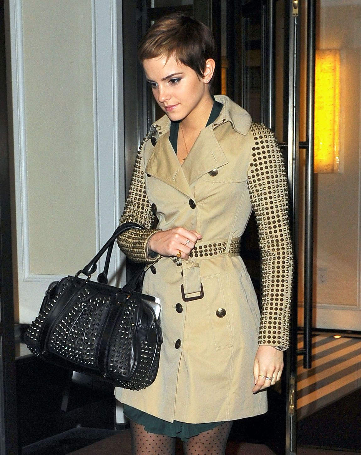 Trench coats at Burberry outlets? - PurseForum