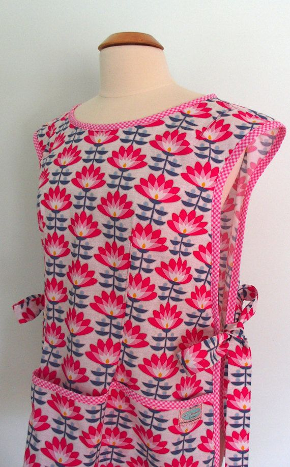 Pink Cobbler Apron with Art Deco Flowers, Smock Apron, Over the Head ...