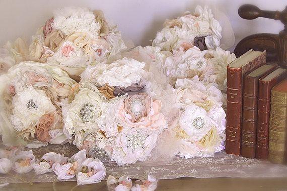 Bouquet de mariée en tissu, règlement en 10 fois pour 11 créations, Bouquet Romantique,Fleur en Tissu Bouquet rose pale,création sur mesure