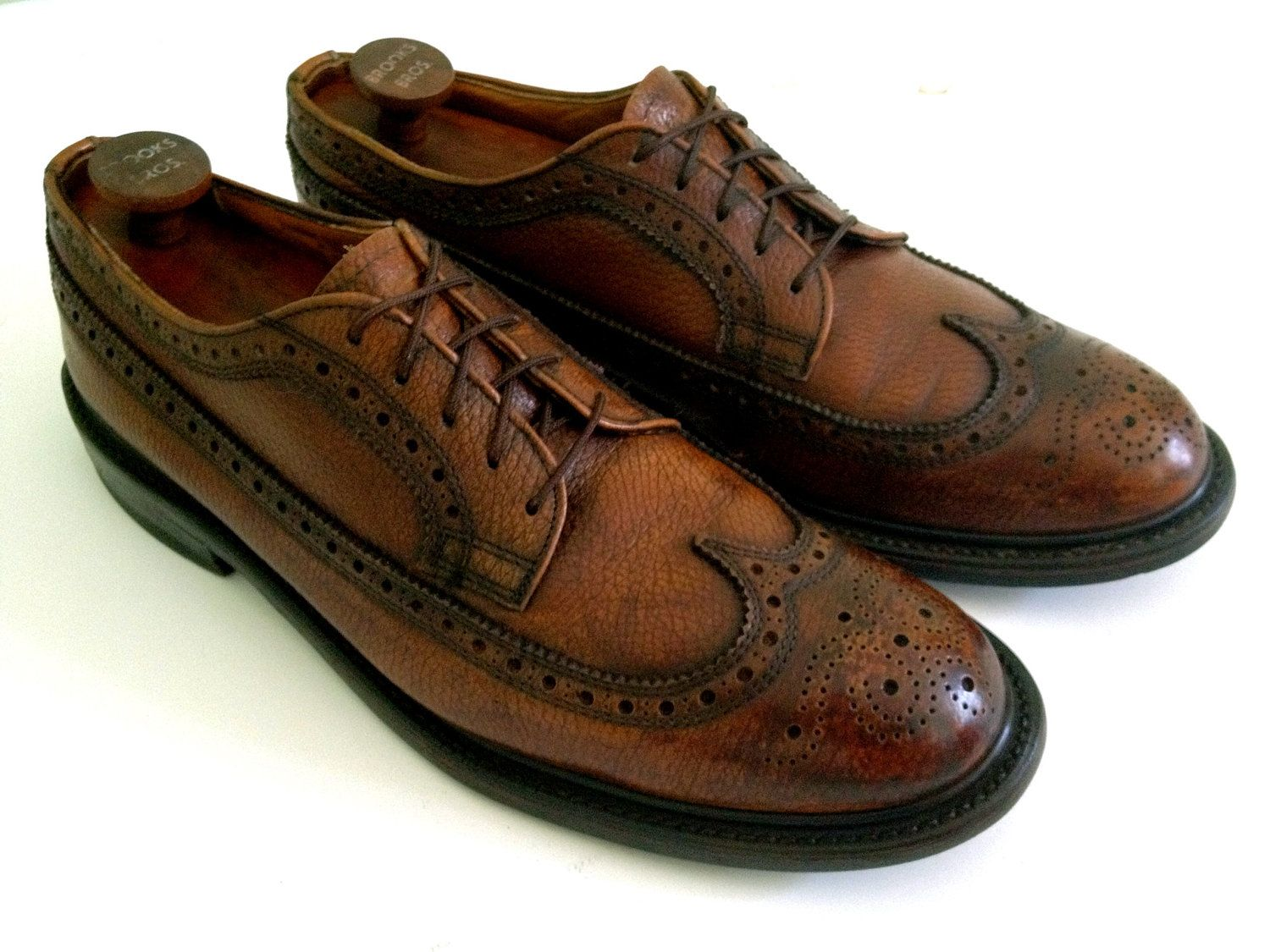 RESERVED FOR PAUL -- Vintage Men's Mid-Century Chestnut Brown Pebble Grain  Longwing Brogue Derbys Dress Shoes, 10.5 D 10 1/2