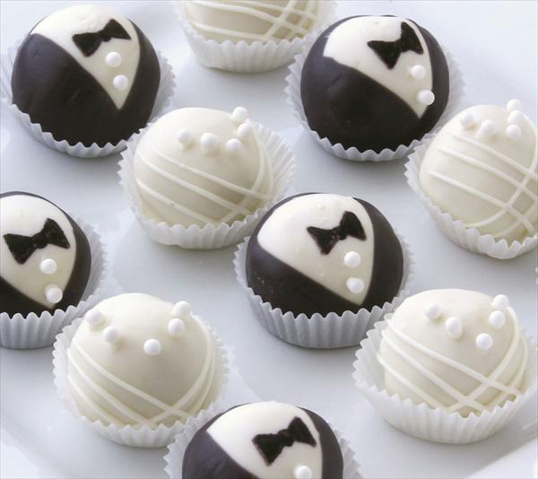 die besten 25 hochzeitstorte cake pops ideen auf pinterest cake pops hochzeit gastgeschenk. Black Bedroom Furniture Sets. Home Design Ideas
