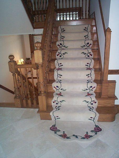 Best Custom Elegant Floral Patterned Stair Runner Stairs 400 x 300