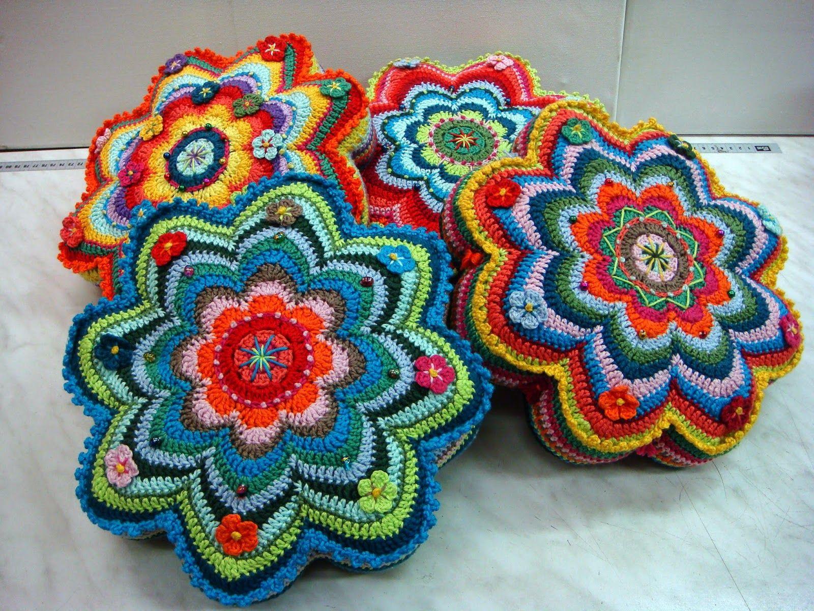 Will 39 s wools banju kussens banju cushions haken pinterest kussens haken en gehaakte - Kussen voor ontlasting ...