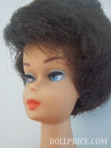 1960's Bubble Cut Barbie in Knit Stripe Outfit - Pic 2