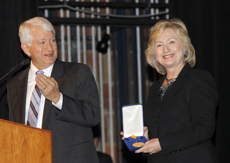Chelsea Clinton Wears $2,215 Roland Mouret Dress To Dnc -