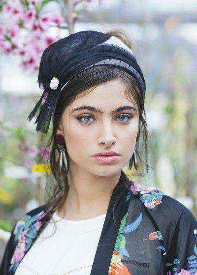 Black Lace Salvadora Head Covering   Hatut   Pinterest   Foulard ... 1cbebbad60d