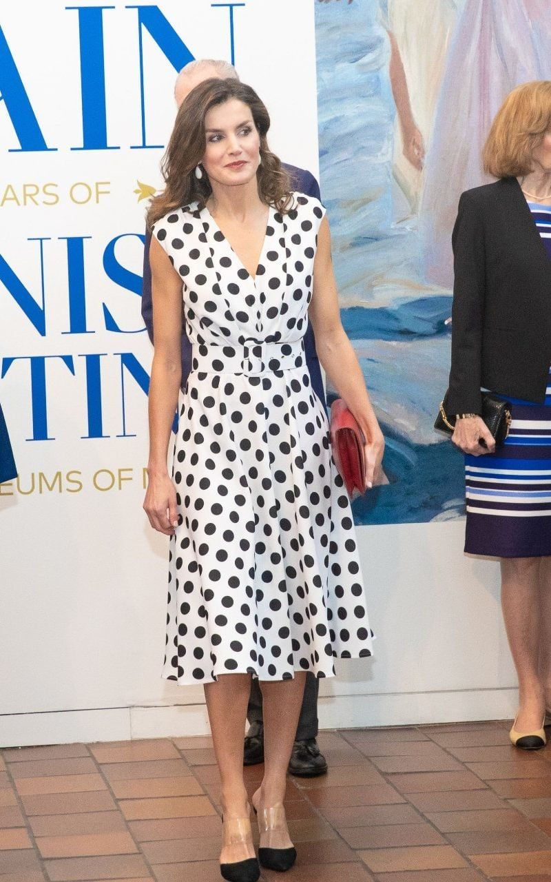 Queen Letizia of Spain masters cocktail chic in Argentina